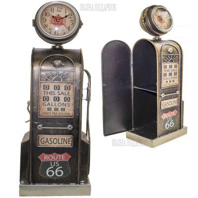 Купить Оригинальная модель ретро бензоколонки с часами ,высота 53 см  в Москве