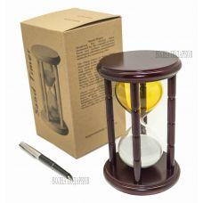 Часы песочные 15 минут желто-белые