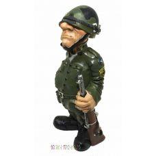 Статуэтка Военный