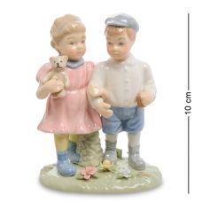 CMS-12/37 Статуэтка Мальчик и девочка