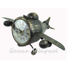Самолет с часами и тайником.