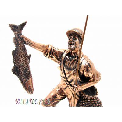 Купить Статуэтка «Рыбак с уловом» 27см в Москве