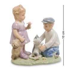 CMS-12/39 Статуэтка Мальчик и девочка