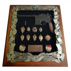 Ключница Деревянная Маузер со знаками ФСБ