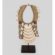 26-009 Ожерелье аборигена (Папуа)